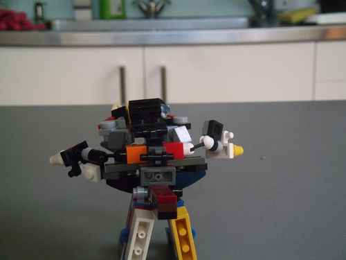 Micro Optimus Prime & Grimlock � Transformers Age Of Extinction: A LEGO® creation by Declan Muller : MOCpages.com