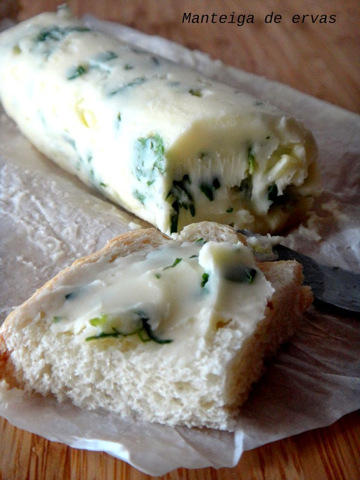 manteiga com ervas aromáticas