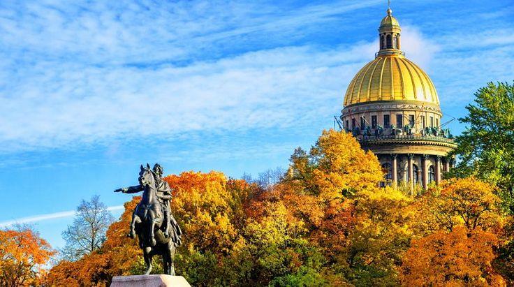 10 причин посетить Санкт-Петербург осенью