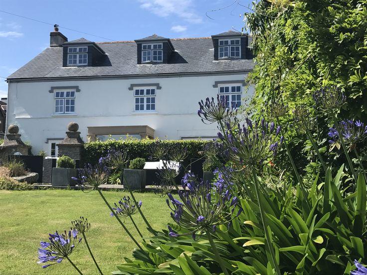 Enjoy a weekend in Devon this #winter and stay at Strete Barton House, Strete, England. #charming #small #hotels #devon #smallhotels #exploredevon #wintertravel