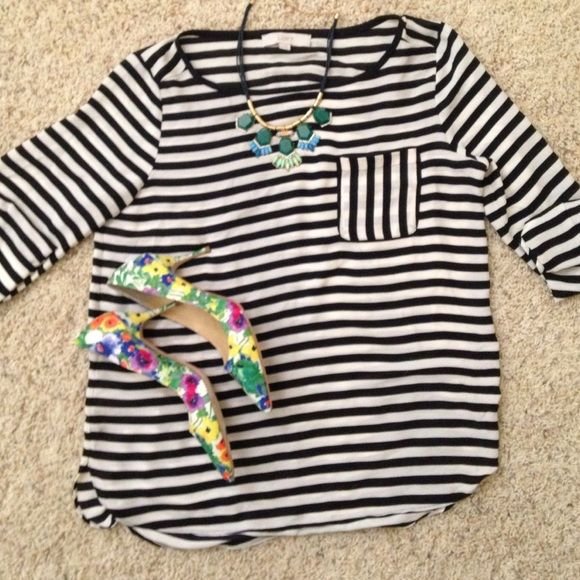 Loft striped blouse(never worn) Never worn! Classic stripe blouse from loft. has a pocket in front and sleeves can be adjusted. Pumps in cover shot are also for sale. Check listings LOFT Tops Blouses