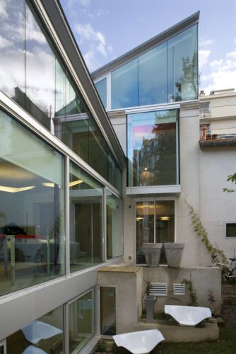 A Very Successful Rehabilitation And Extension! House In Paris (France)