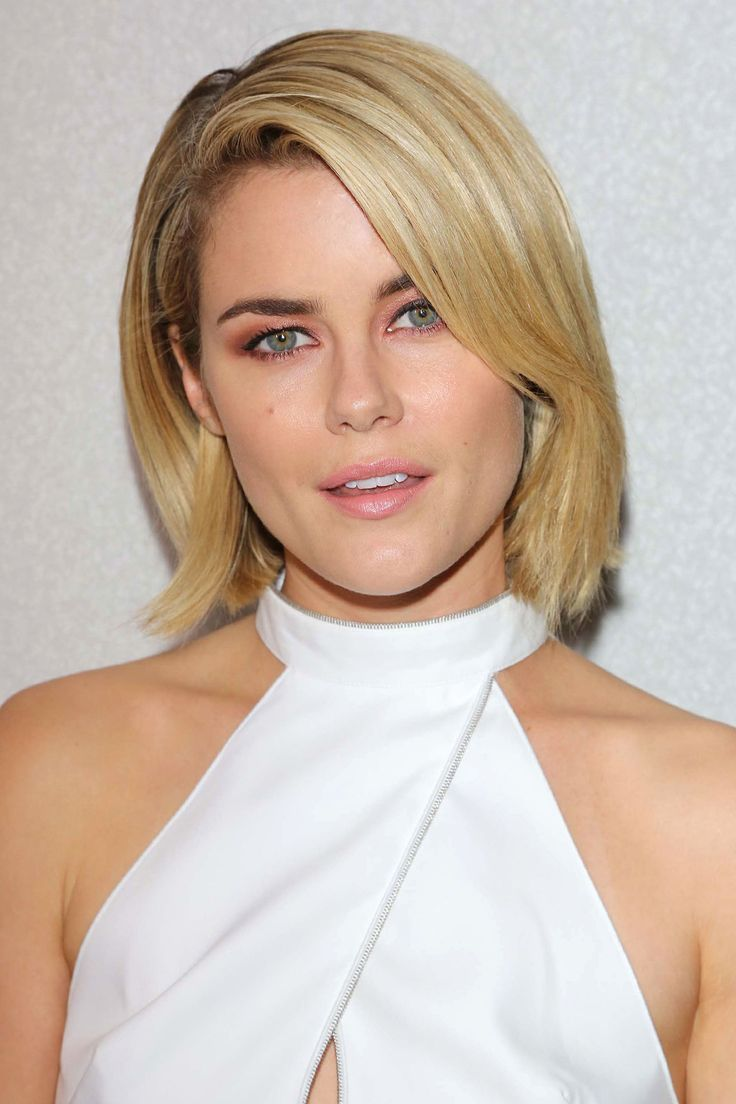 1 Hairstyle, 9 Ways: The Bob That Goes With Everything #refinery29  http://www.refinery29.com/bob-hairstyles#slide4  For anyone who thinks that only long locks can be sexy, we'd like to offer up this photo of Australian star Rachael Taylor, whose mid-length strands look smokin' hot.
