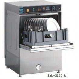Lavavajillas con doble sistema de lavado y aclarado, superior e inferior, con brazos giratorios.