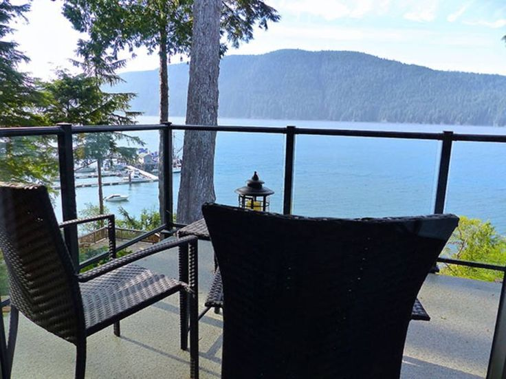 Cabin in Port Renfrew, Canada. Hera's Cove is an oceanfront cottage that is fully furnished and pet-friendly. Enjoy breathtaking views of whales and eagles from your glass patio or around your own fire pit with complimentary firewood. Netflix is available in the cottage for you...