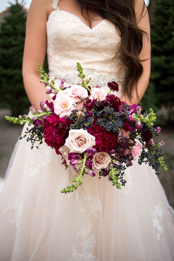 berry toned bouquet - photo by Sweet Root Village http://ruffledblog.com/berry-toned-wedding-at-terrain