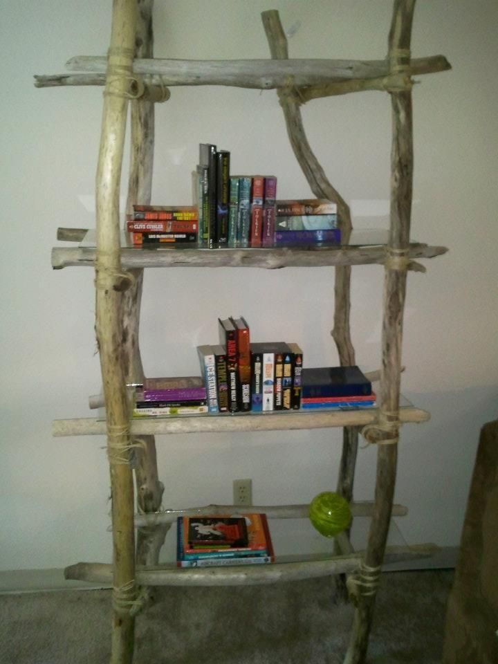 Diy back to school : DIY Driftwood bookshelf