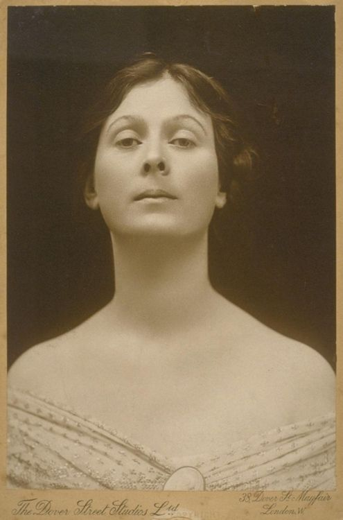 Isadora Duncan, whose work in free, interpretative movement formed the basis for modern dance.