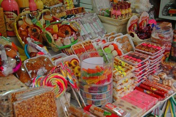 Variedad de dulces poblanos.