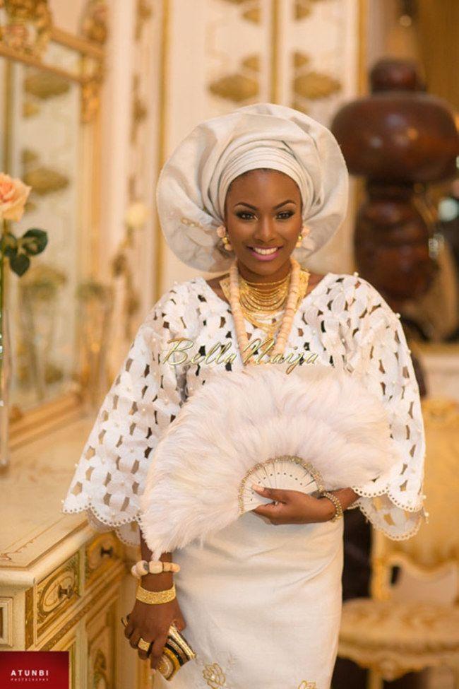 """[10 abiti da sposa tradizionali dal mondo] Sposa nigeriana: tipico abbigliamento """"iro"""" e """"buba"""", che è declinabile in diversi colori ed è abbinato al """"gele"""", il turbante tradizionale."""