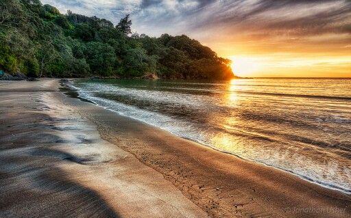 Waihi Beach by Jonathan Usher
