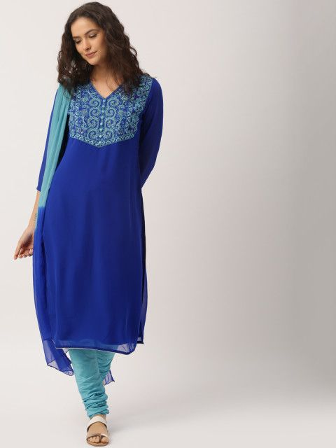 This beautifully blue churidar kurta set will up your ethnic game plenty this season. Team it with flats and seize the day. IMARA,Shraddha Kapoor,churidar kurta,kurta set,dupatta,ethnic clothes,embroidered kurta,blue kurta set,blue kurta