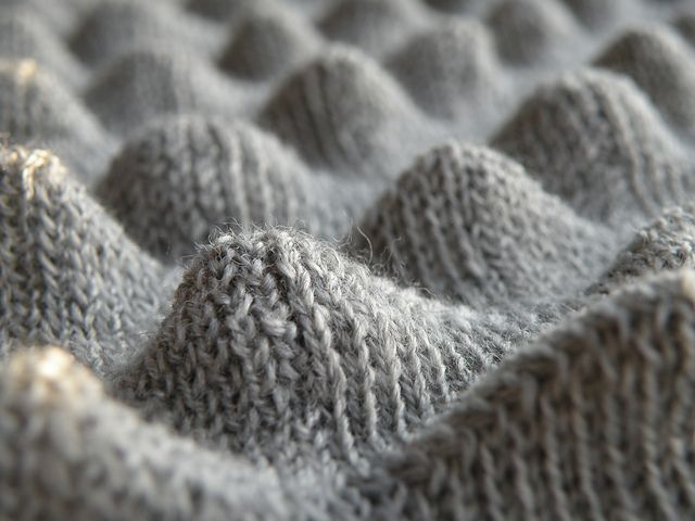 Knitting Stitches Bubble : Textile Manipulation - knitted surface design with three-dimensional peaks - ...