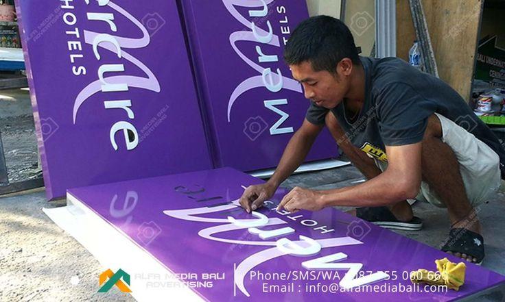 Jasa pembuatan neon box akrilik di bali | Alfa Media Bali