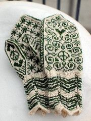 Selbu-inspired mittens for peace and love!