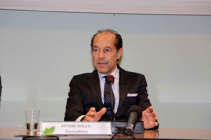#bestselleraward Ettore Riello, Presidente di Veronafiere www.fieragricola.it