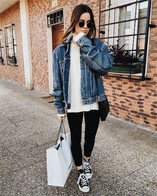 Oversized Denim Jacket with converse- How to style your denim jacket – Just Trendy Girls