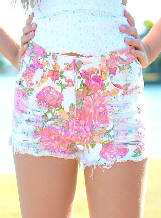 Floral High-Waisted Shorts | Fashion! | Pinterest