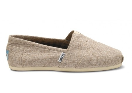 Toms are a non-constricting, zero-drop, flexible shoe. Oh yeah, cute and philanthropic, too.  :c)