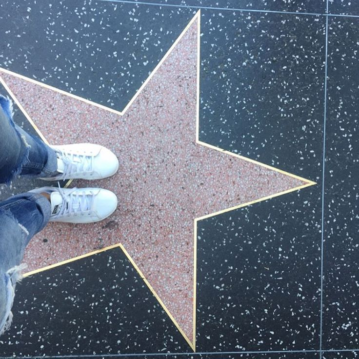 • Il reste encore un peu de place entre Mickey & Chuck Norris ⭐️ Au cas où....• ��#walkoffame #hollywood #hollywoodblvd #etoiles #stars #losangeles #cityofstars #lalaland #californie #california #starsystem #celebrity #acting #acteurs #studio #movies http://tipsrazzi.com/ipost/1505541986287115189/?code=BTkwnW3FFu1