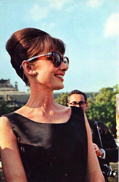 images of audrey hepburn in sunglasses   audrey hepburn sunglasses