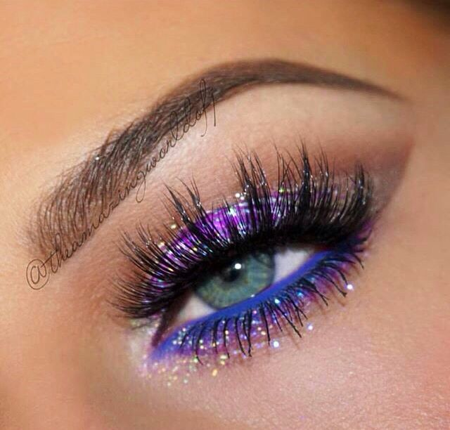 Purple glitter, stunning makeup!