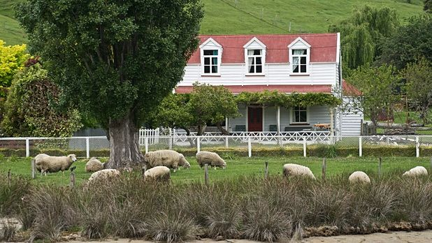 New Zealand, Moving to New Zealand, New Zealand Real Estate, New Zealand Houses, Living Abroad