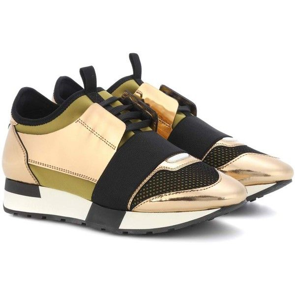 Balenciaga Race Runner Sneakers (1 115 BGN) ❤ liked on Polyvore featuring shoes, sneakers, gold, balenciaga sneakers, golden shoes, gold trainers, yellow gold shoes and balenciaga trainers