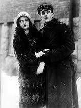 Hanna Taini and Tauno Palo (then Brännas) in Jääkärin Morsian (1931)