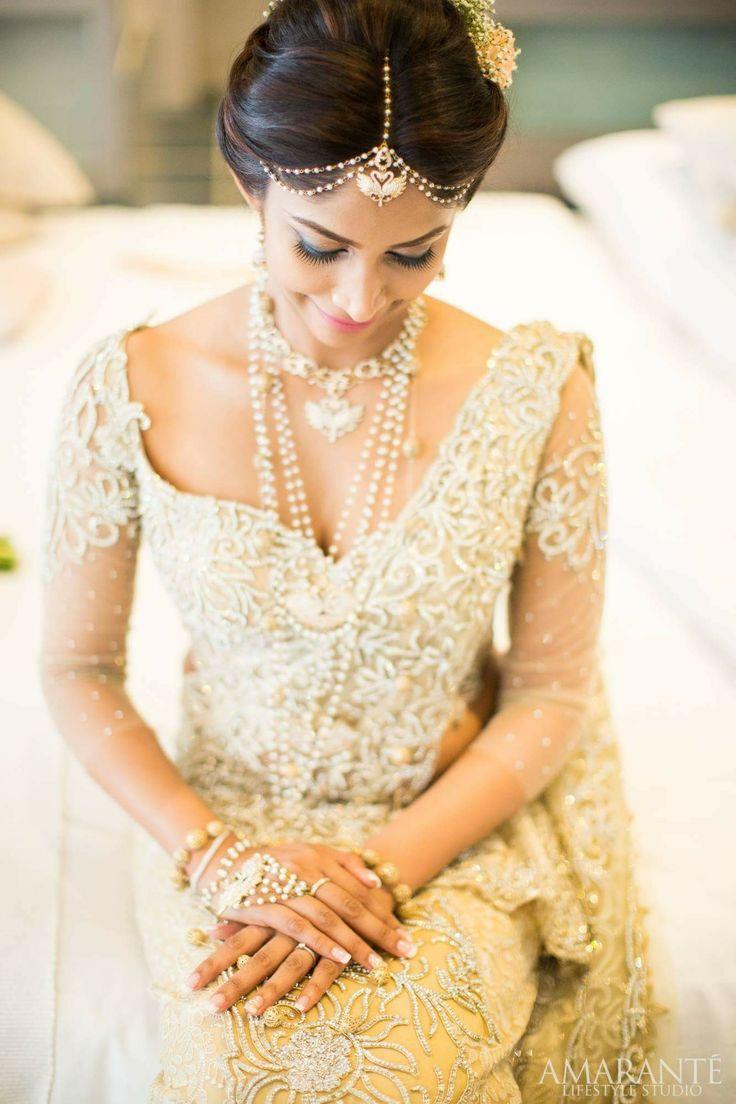 How To Do Kandyan Bridal Makeup : Best 25+ Indian bridal hair ideas on Pinterest