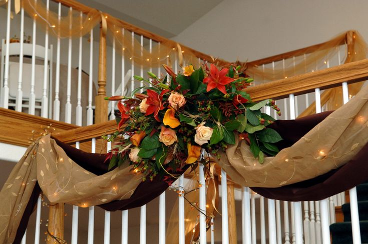 Outdoor bunting idea for porch for wedding wedding idea for Cheap fall decorations for outside