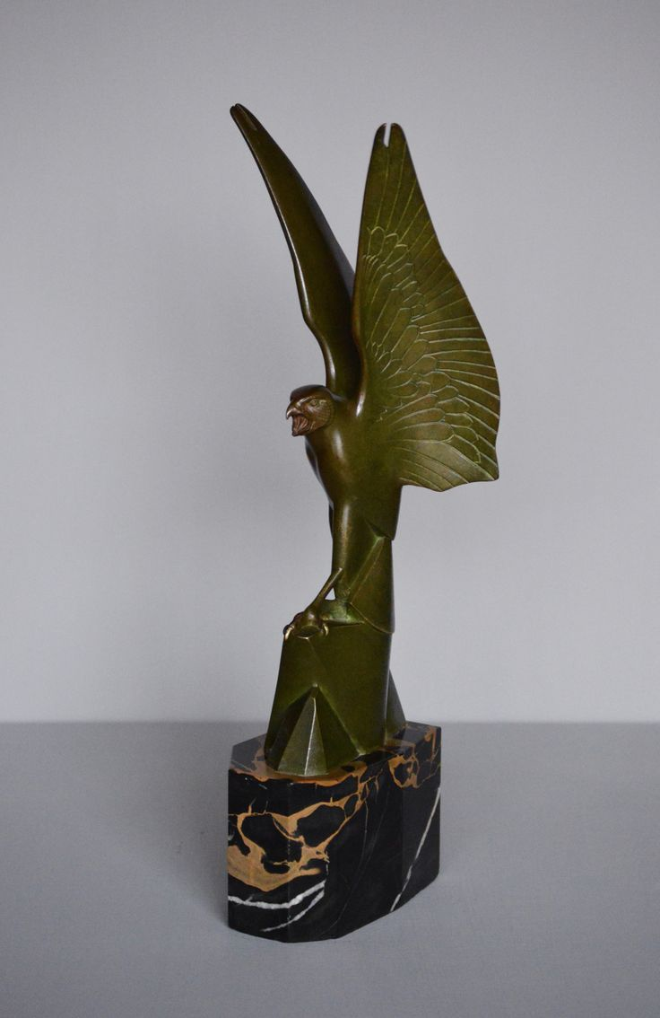 An Impressive Art Deco Bronze Sculpture Of A Stylised Hawk With Raised  Wings By Ernst Rischmann