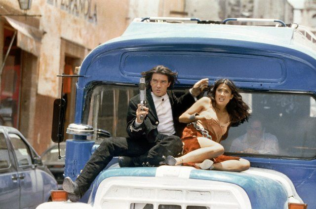 Still of Antonio Banderas and Salma Hayek in Once Upon a Time in Mexico