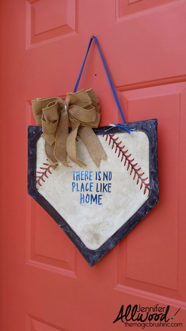 DIY Projects for the Sports Fan - Baseball Door Hanging - Crafts and DIY Ideas for Men - Football, Baseball, Basketball, Soccer and Golf - Wall Art, DIY Gifts, Easy Gift Ideas, Room and Home Decor http://diyjoy.com/diy-ideas-sports-fan