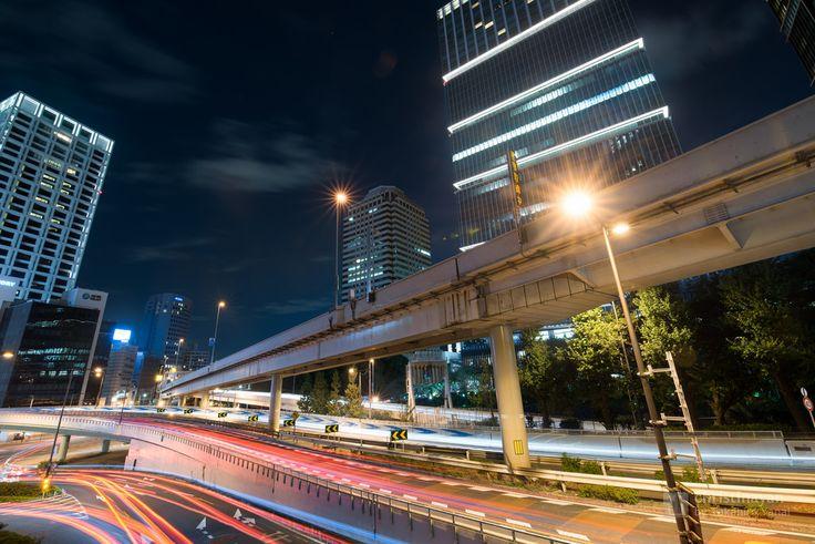 Tokyo Garden Terrace Kioicho, Kioi Tower (東京ガーデンテラス紀尾井町 紀尾井タワー). / Designed : Kohn Pedersen Fox Associates (外装デザイン:コーン・ペダーセン・フォックス). Architect : Nikken Sekkei (設計:日建設計).