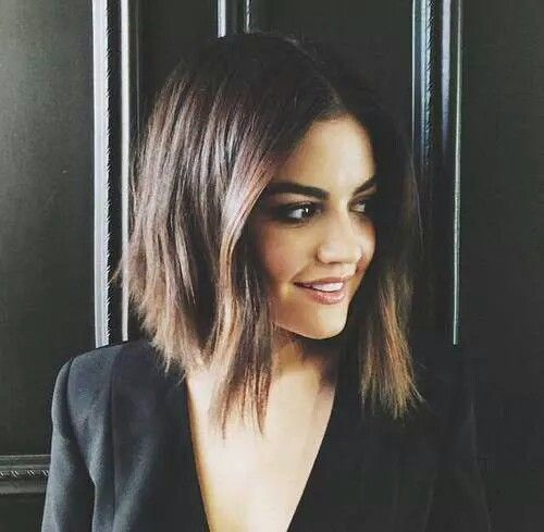 Aria, my fave PLL. I just love her hair. 😍