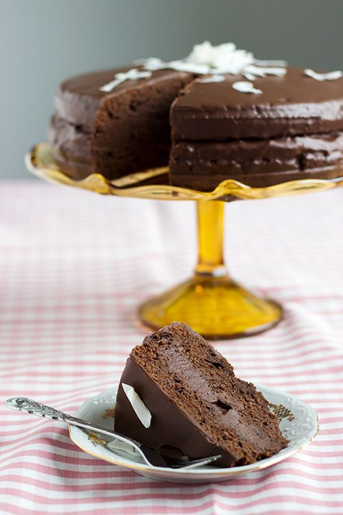 Decadent Chocolate Cake | Čokoladna torta | Dear Kitchen!