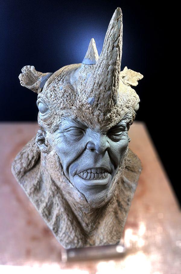 Sculpture Rhino by Cleyton Oliveira
