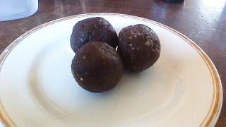 Naturally Kenko: Chocolate Fudge Balls