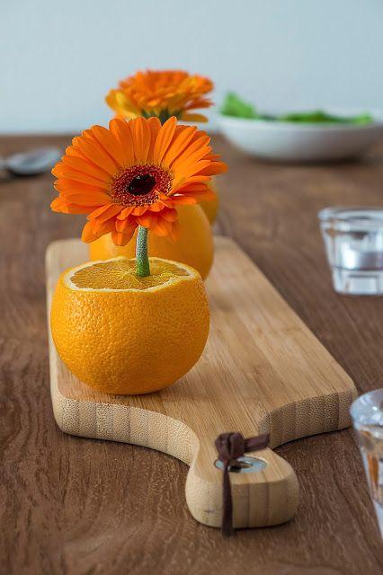 Tafeldecoratie met Gerbera's en sinaasappels - Diy tafel dekken -
