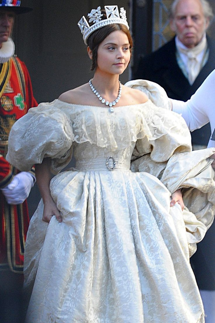 Rufus Sewell to join Jenna Coleman in major new ITV drama Victoria. The ambitious 8-part drama follows the early life of Queen Victoria (Jenna Coleman), from her accession to the throne at the tender age of 18 through to her courtship and marriage to Prince Albert.