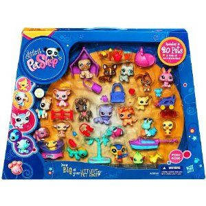 Littlest Pet Shop Bulldog, Corgi, Scottie, 2bunnies, A pig, 2 horses, 2cats, kitten, mouse, hamster, sea crab, 2birds and a lizard.