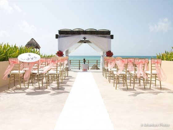 Your Wedding Day Could See You Marrying In Exotic And Beautiful Locations This Ceremony Set