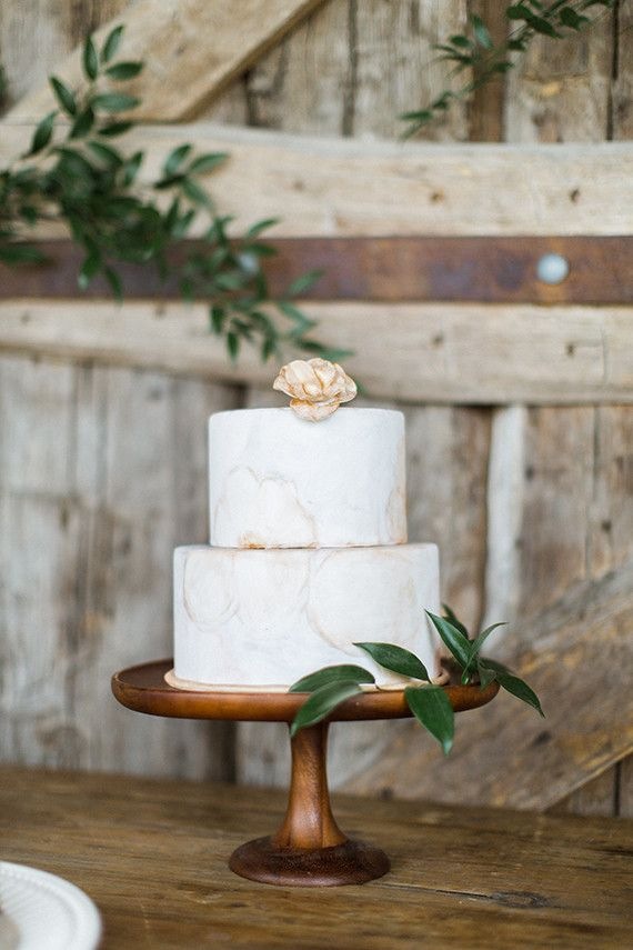 Rustic Valley Cake Stands