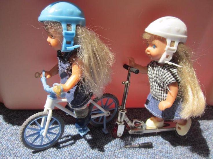 Kickroller mit kleinem Werkzeug. Fahrrad hat nur ein Pedal