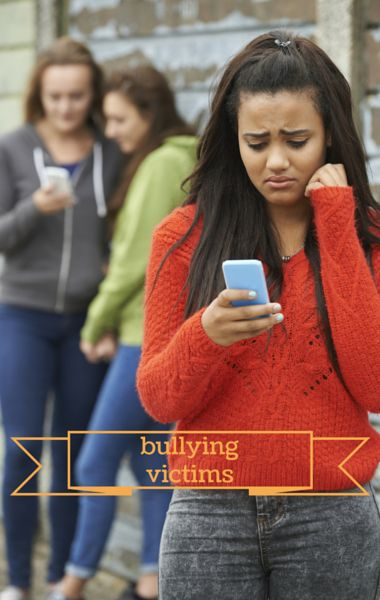 Dr Phil spoke with mothers of daughters who have been involved in bullying, as both aggressors and victims. What can someone do to overcome bullying? http://www.wellbuzz.com/dr-phil/dr-phil-mean-girls-lifes-tipping-points-overcoming-bullying/