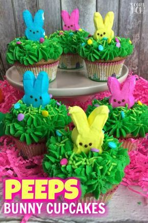 Absolutely adorable Peeps Bunny Cupcakes are the perfect Easter party dessert! R…