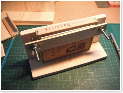 bookbinding jig from hamishmacdonald.com