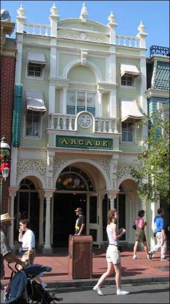 7 Main Street USA Memories We Miss Most From Walt Disney Worlds Magic Kingdom