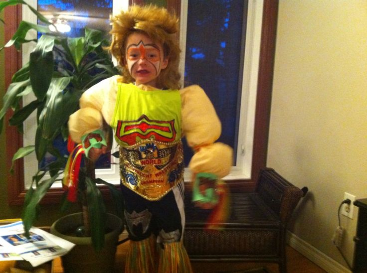 Ultimate warrior Retro Halloween